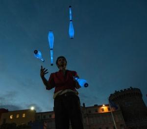 Glow Juggling